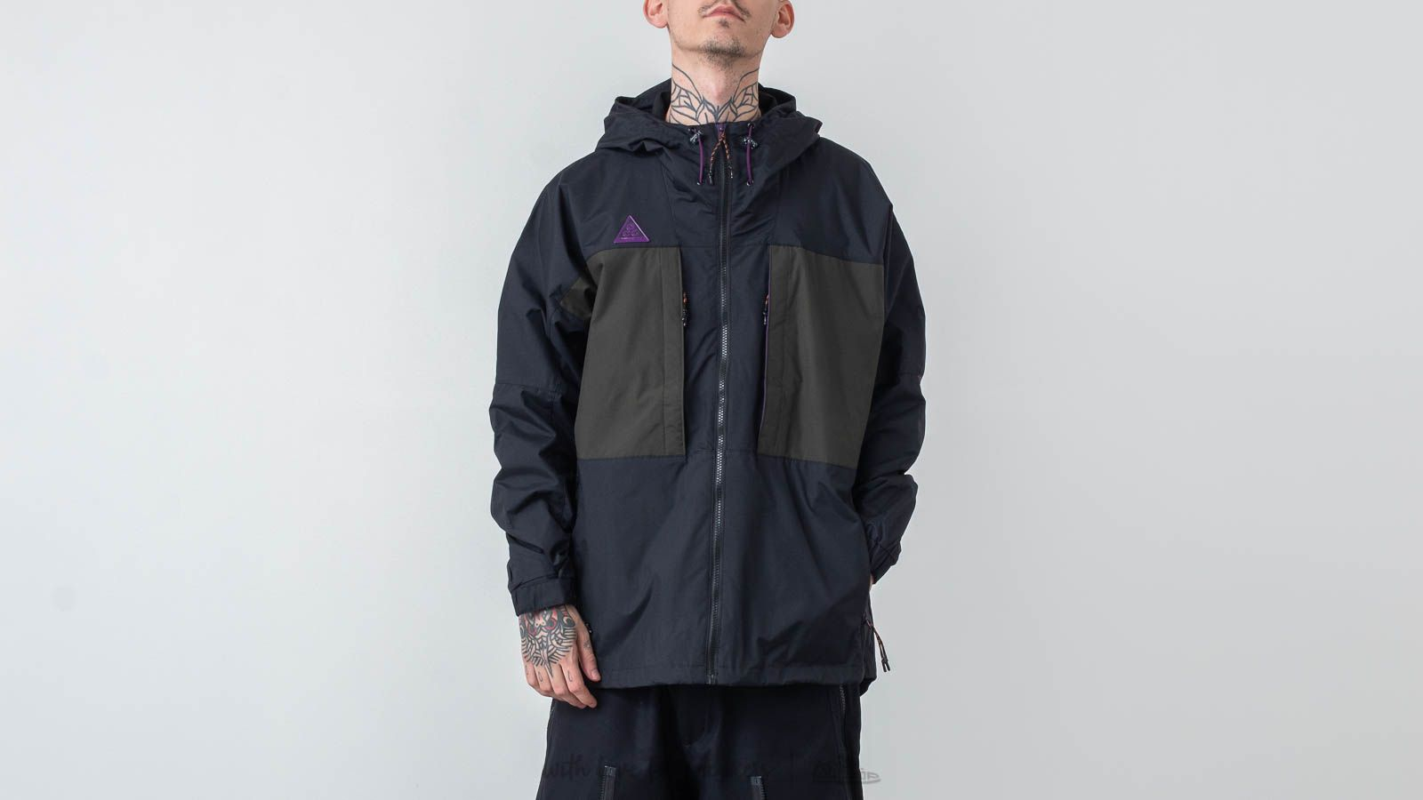 80ed2833bf Nike ACG Anorak Black  Sequoia at a great price  159 buy at Footshop