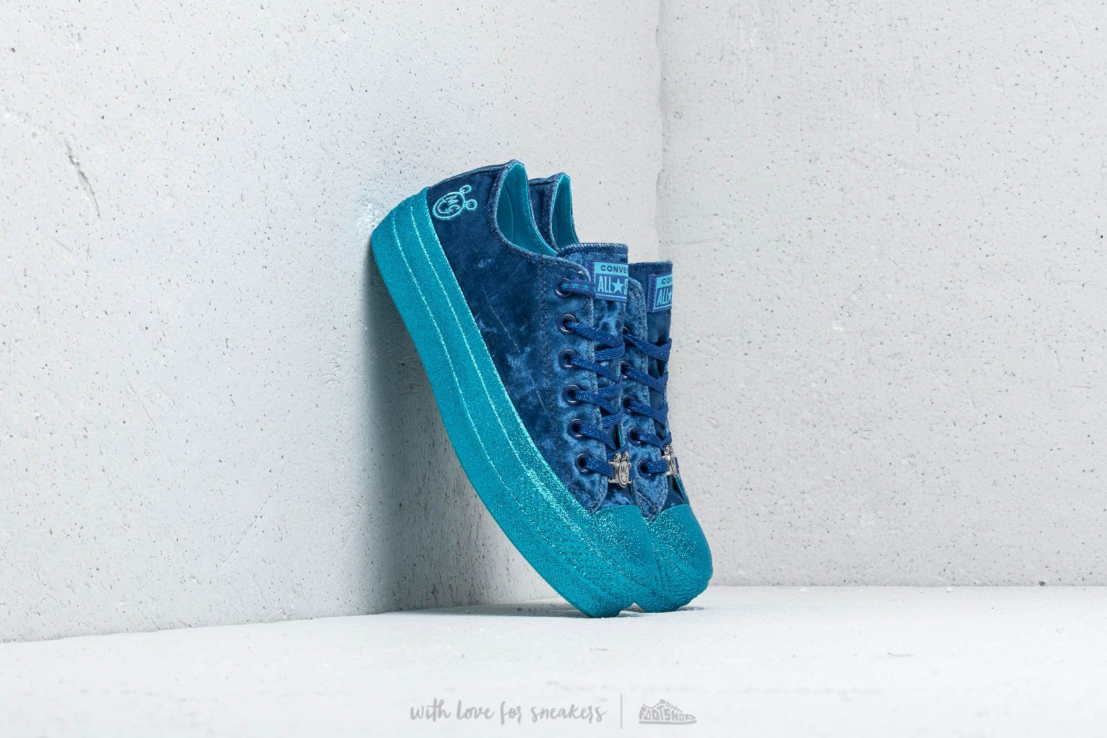 f66560c6bba645 Converse x Miley Cyrus Chuck Taylor All Star Lift Ox Gnarly Blue  Blue   Gnarly