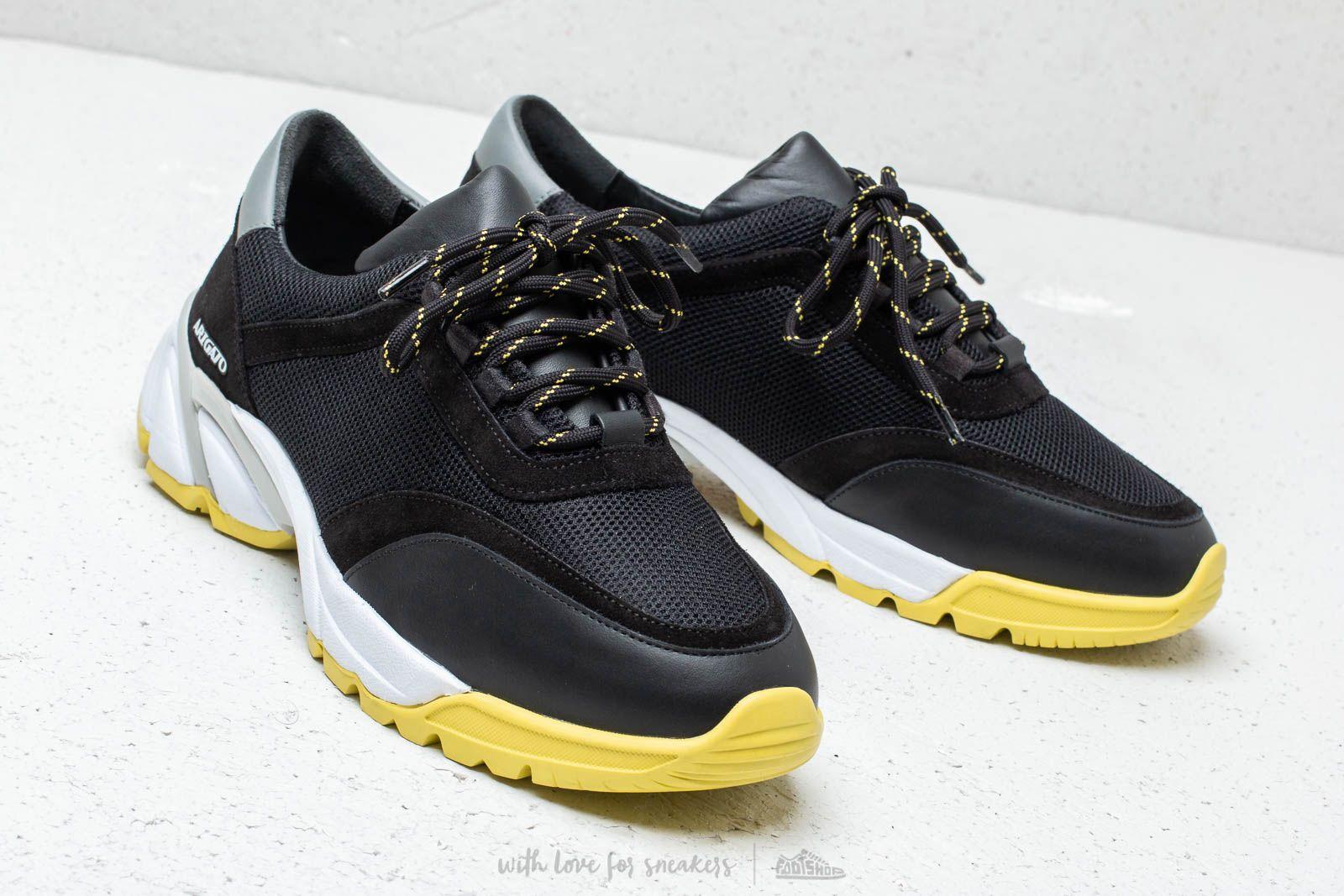 Men's shoes AXEL ARIGATO System Runner