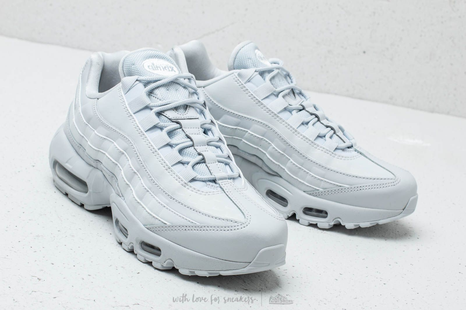 Nike Wmns Air Max 95 LX Pure Platinum  Pure Platinum at a great price  211 a8c4726ffcbc