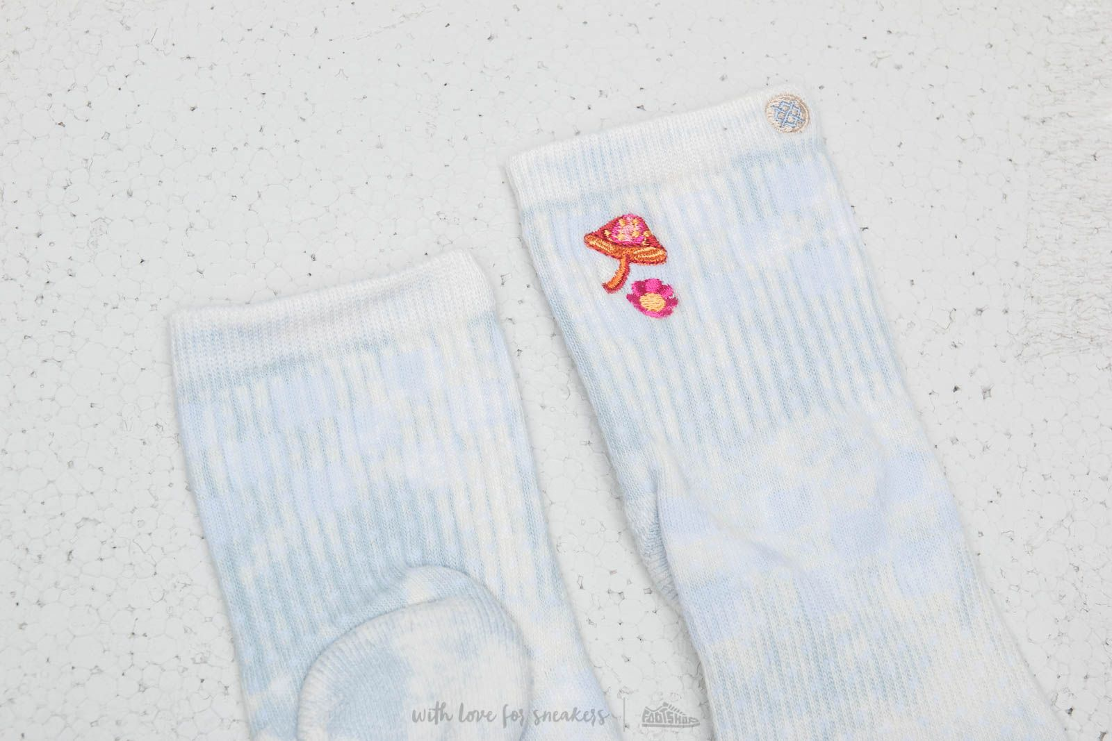 1cd2cb6108d Stance Eternal Youth Socks Baby Blue at a great price  15 buy at Footshop