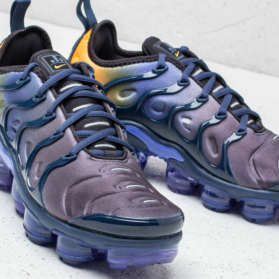 Nike Air Vapormax Plus Wmns Persian Violet/ Black, Blue