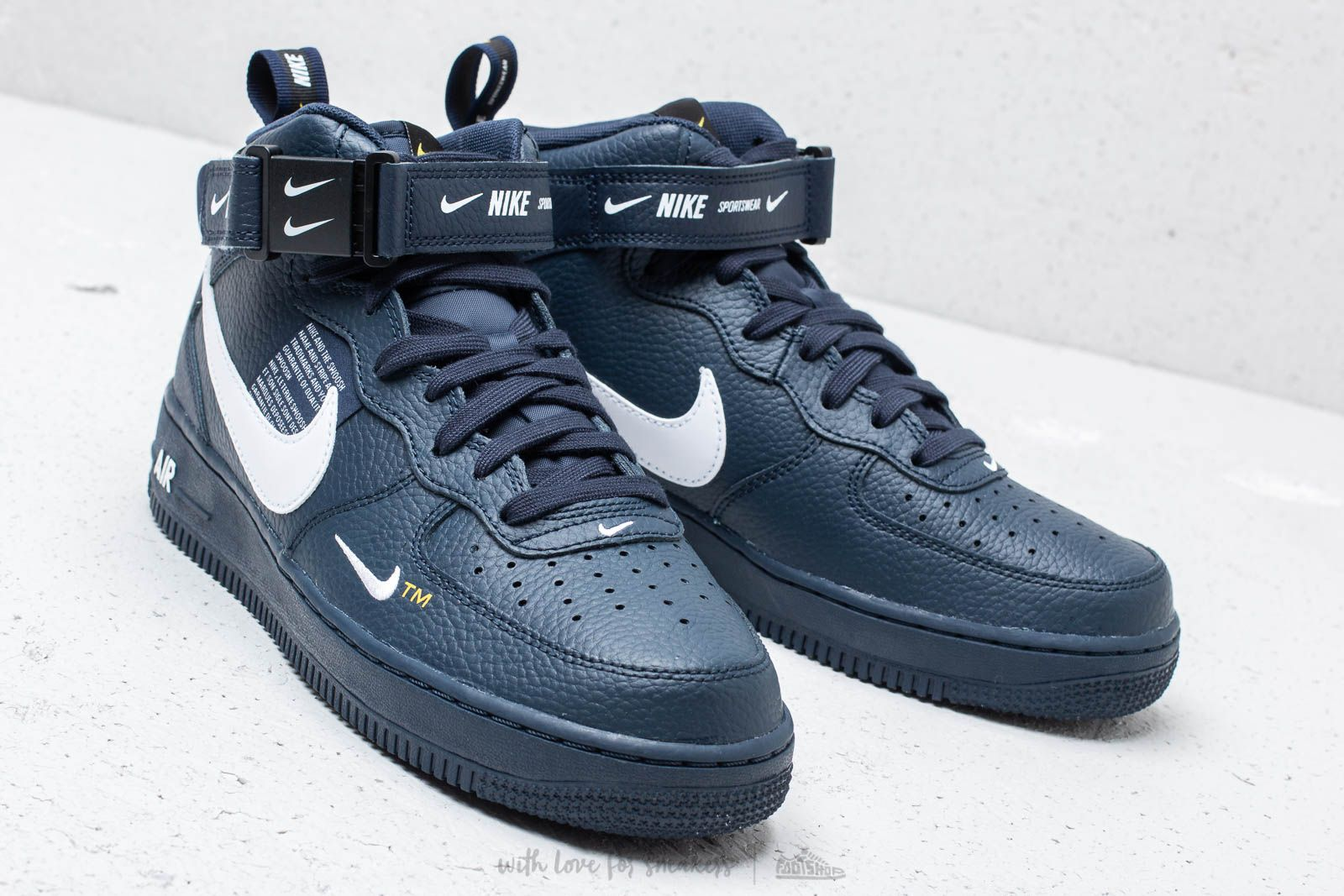ONFEET Nike Air Force 1 Mid LV8 Navy (804609 403) Review