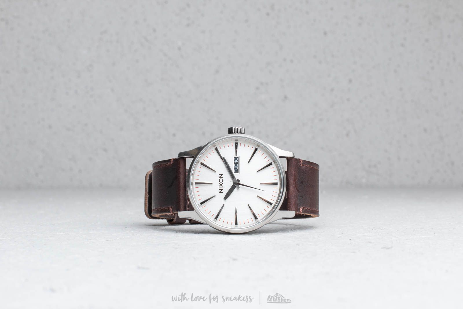 Nixon Sentry Leather Silver/ Brown