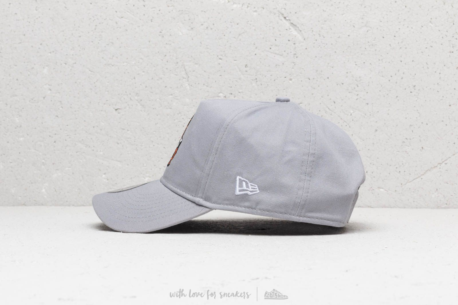 c679ff803d30a New Era 9Forty Starwars Chubacca Snapback Grey at a great price 32 € buy at  Footshop