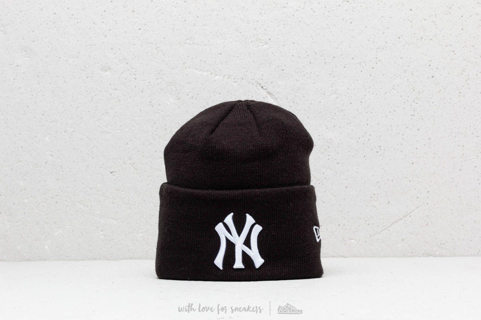 New Era MLB NY Yankees Knit Beanie Black at a great price 19 € buy at 6e392e38e