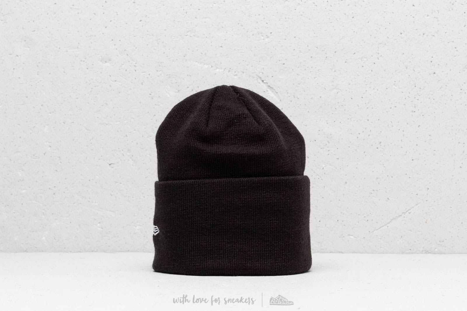 New Era MLB NY Yankees Knit Beanie Black at a great price 19 € buy at 4becb39b010