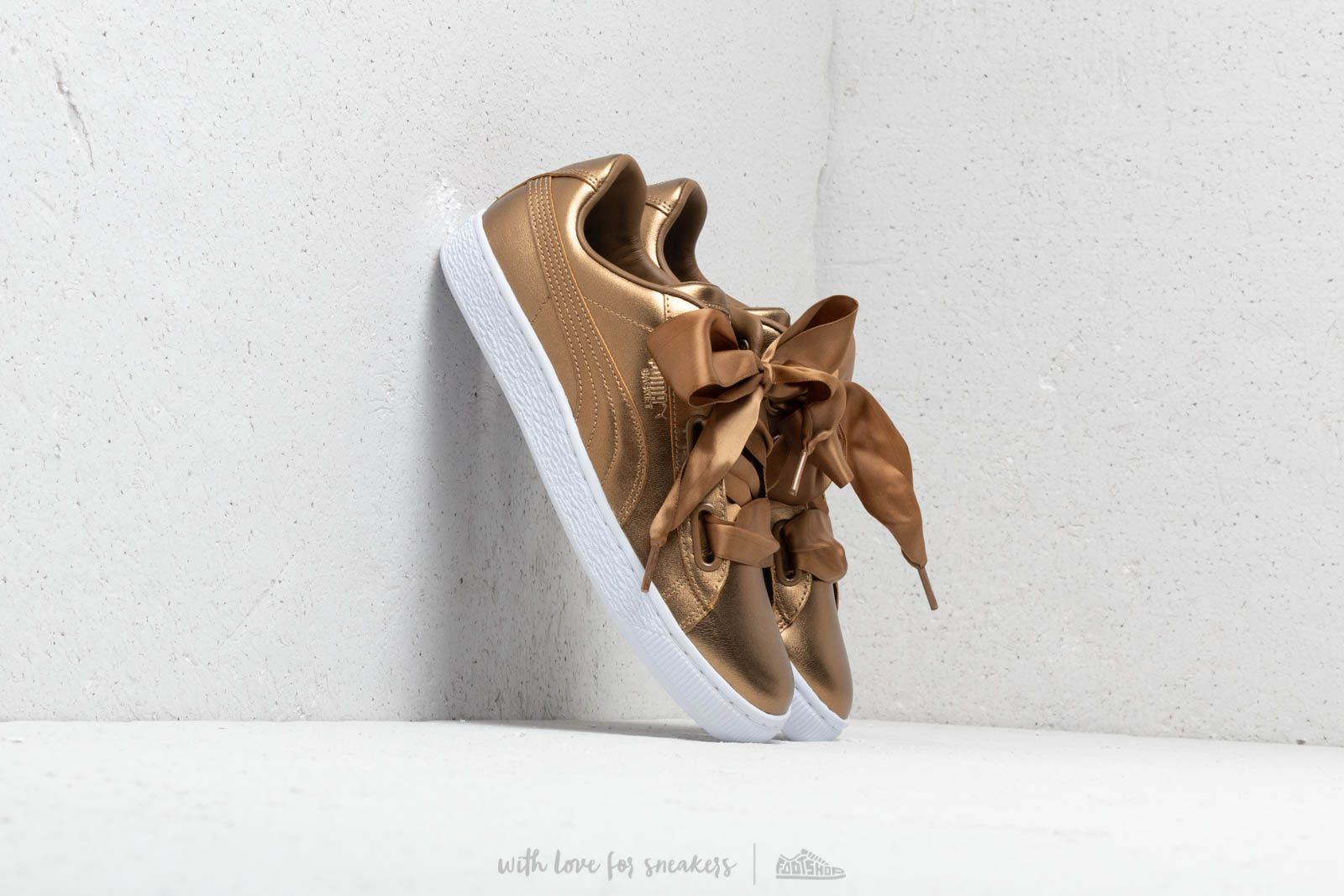 Puma Basket Heart Luxe Wn's Ermine/ Ermine at a great price 99 € buy at Footshop
