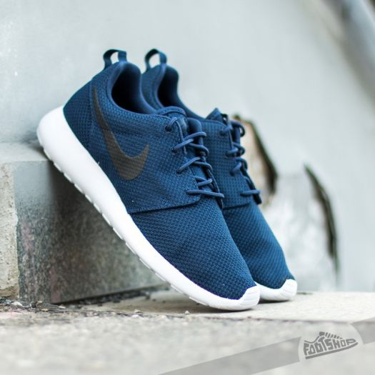 buy popular 523f0 29a8d Nike Rosherun Midnight Navy/Black-White | Footshop