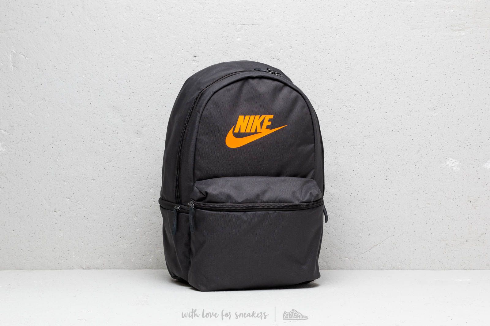 35913c485e Nike Heritage Backpack Black