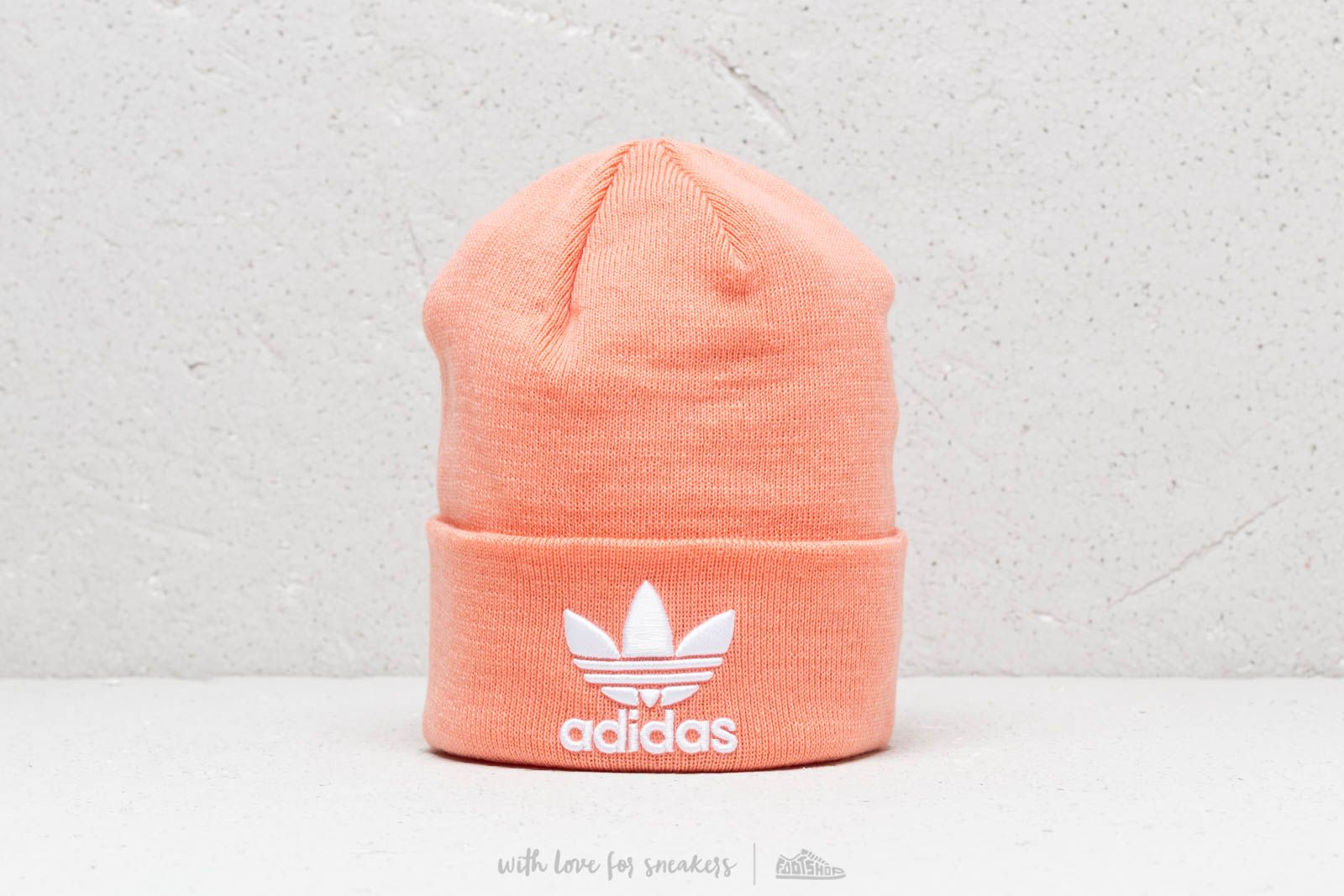 adidas Trefoil Beanie Dust Pink/ White za skvělou cenu 399 Kč koupíte na Footshop.cz
