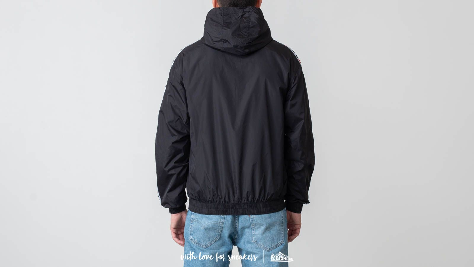 31e0f4d9a891 FILA Tracey Tape Wind Jacket Black at a great price 95 € buy at Footshop