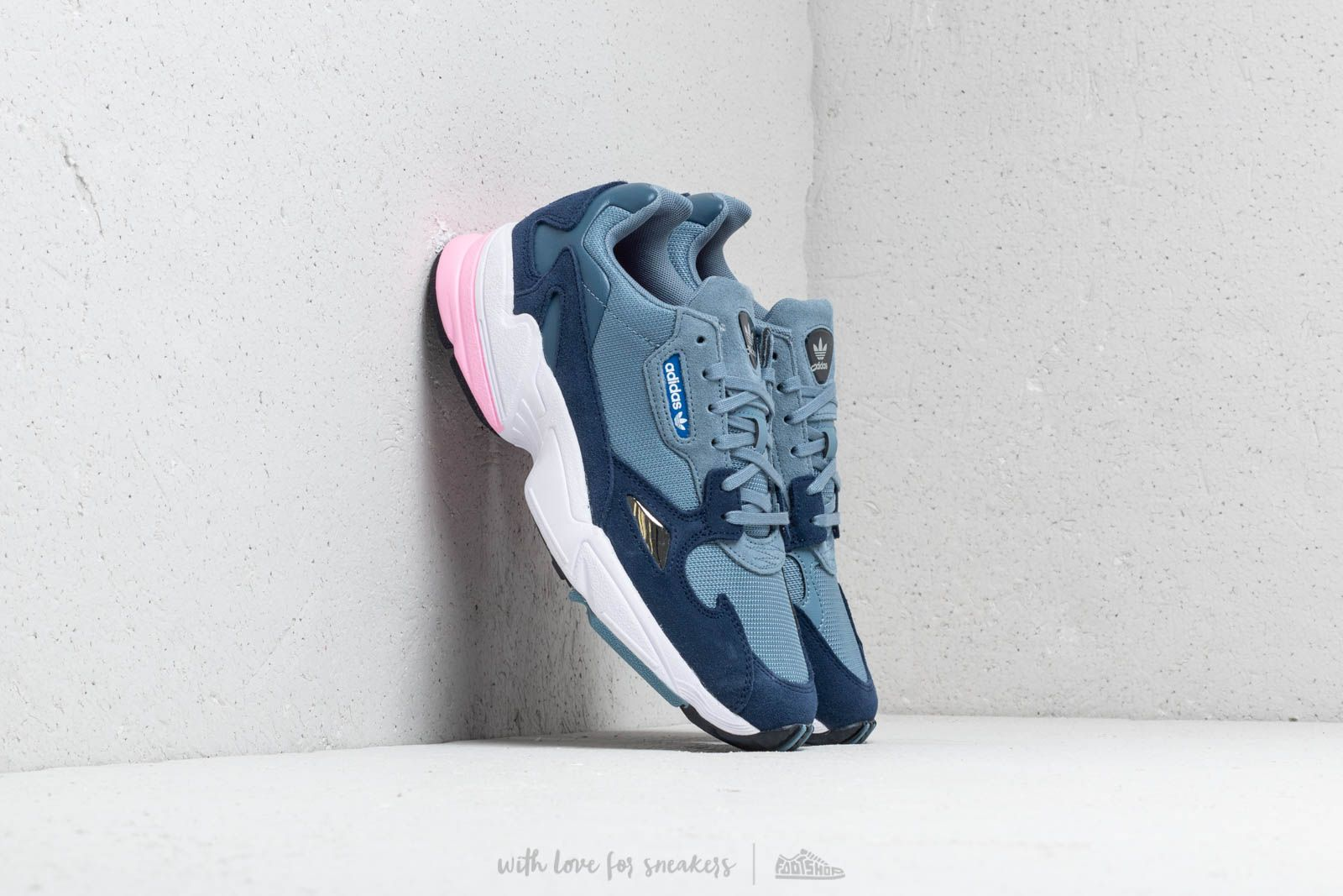 adidas Falcon W Raw Grey  Raw Grey  Light Pink at a great price £ b682c59ae