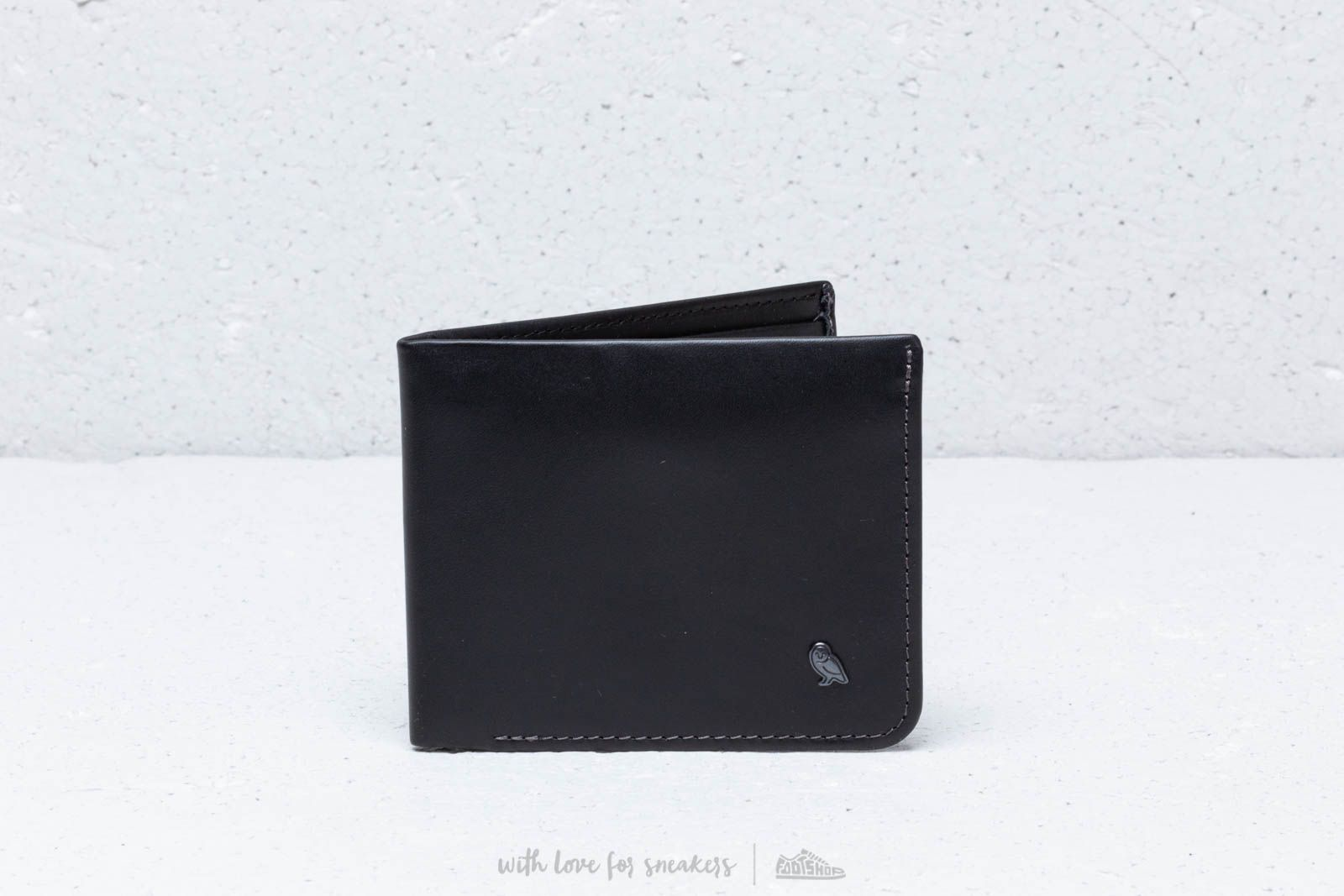 Bellroy Hide & Seek RFID