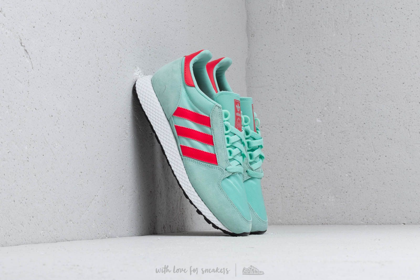 Dámské tenisky a boty adidas Forest Grove W Clear Mint/ Actpnk/ Core White