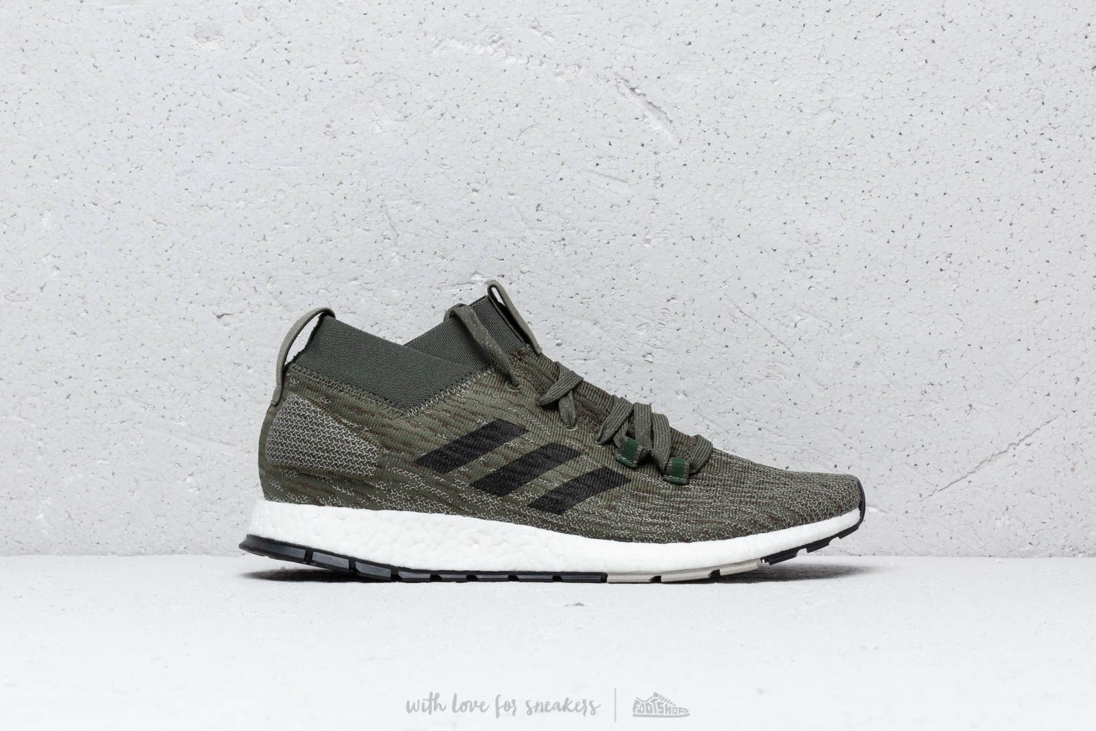 outlet store 595c2 aedb3 adidas PureBOOST RBL base green  core black  sesame at a great price 158 €