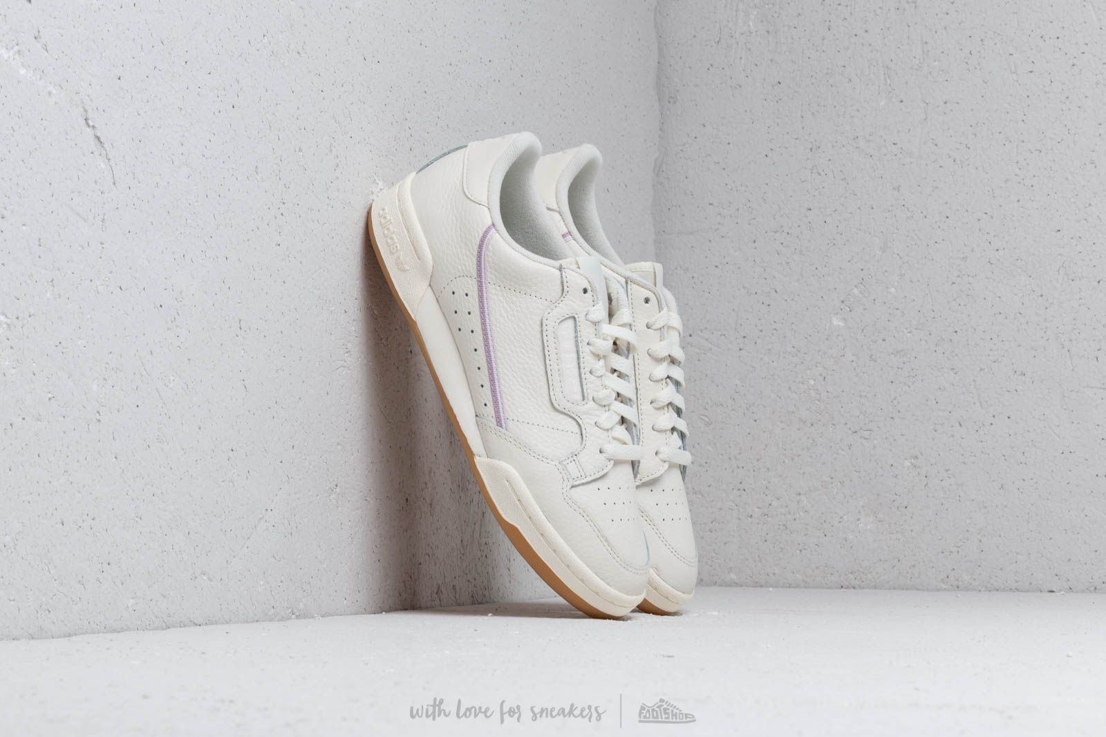 detailed look 2f1c6 25692 adidas Continental 80 W Off White  Orchid Tint  Soft Vision at a great price