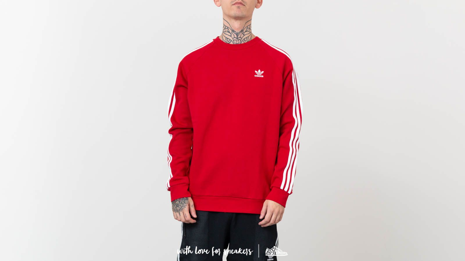 adidas Originals 3 Stripes Crewneck Power Red | Footshop