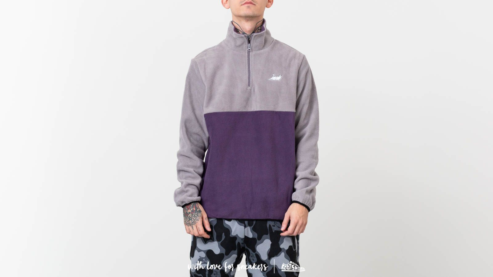 RIPNDIP Castanza Half Zip Brushed Fleece Sweater Grey za skvelú cenu 59 € kúpite na Footshop.sk