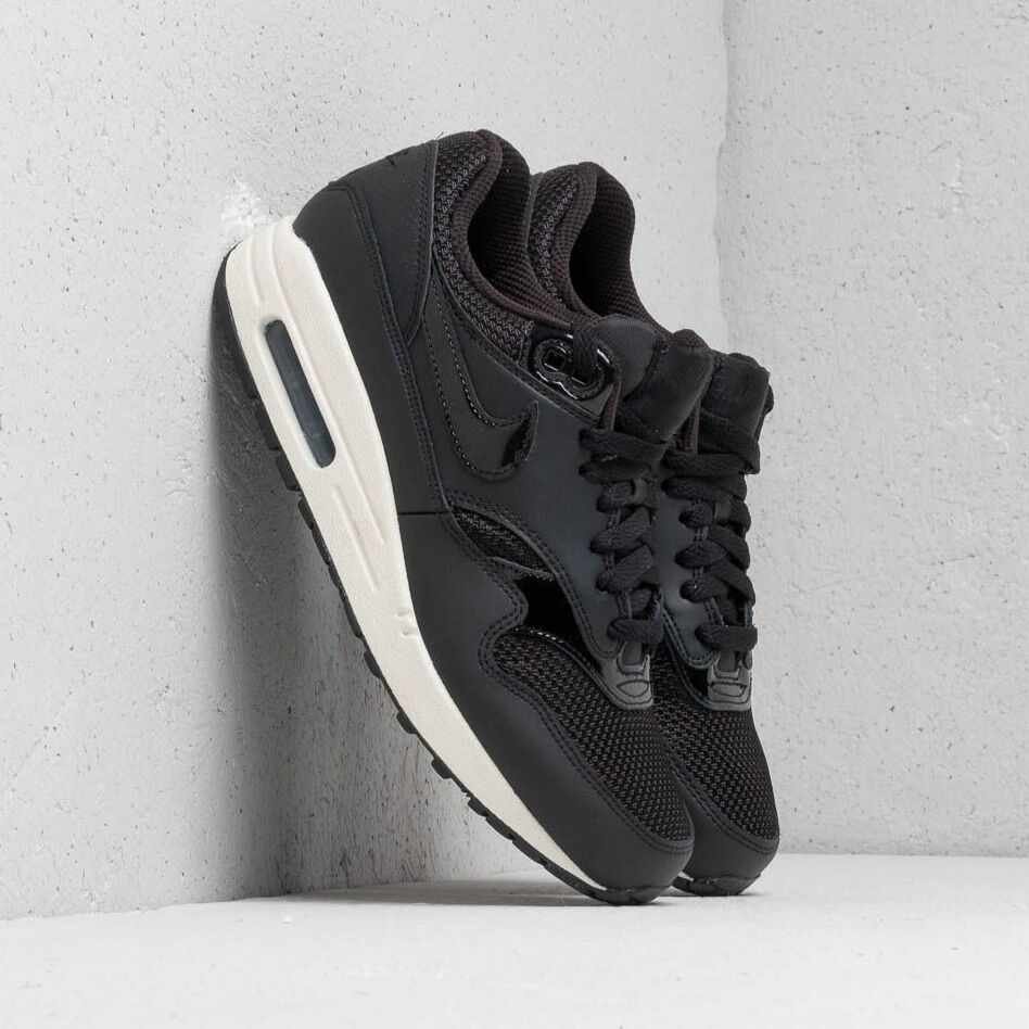 Nike Wmns Air Max 1 Black/ Black-Black-Summit White EUR 40.5
