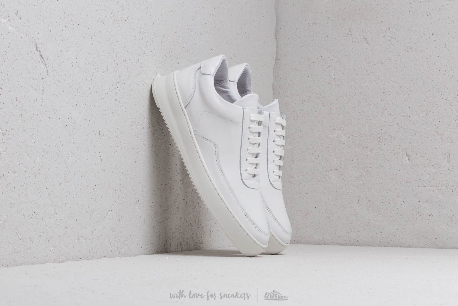 d349174786d Filling Pieces Low Mondo Ripple Nardo Nappa White at a great price 180 €  buy at