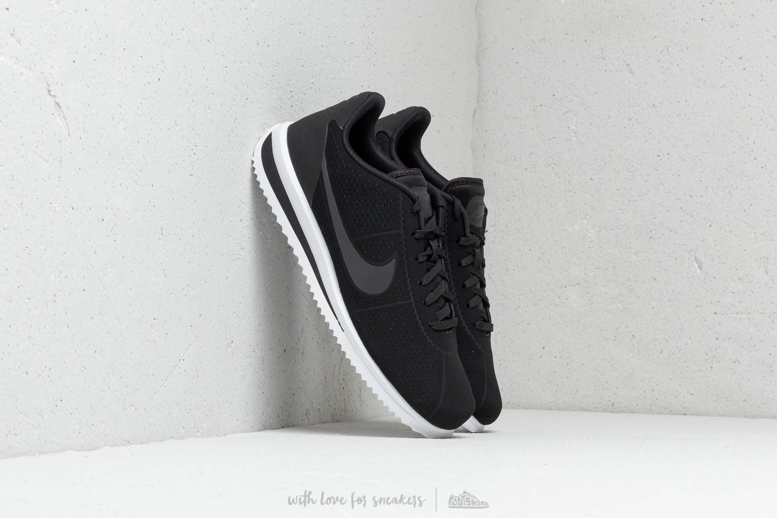 new product 6099e 93040 Nike Cortez Ultra Moire Black  Black-White at a great price £73 buy