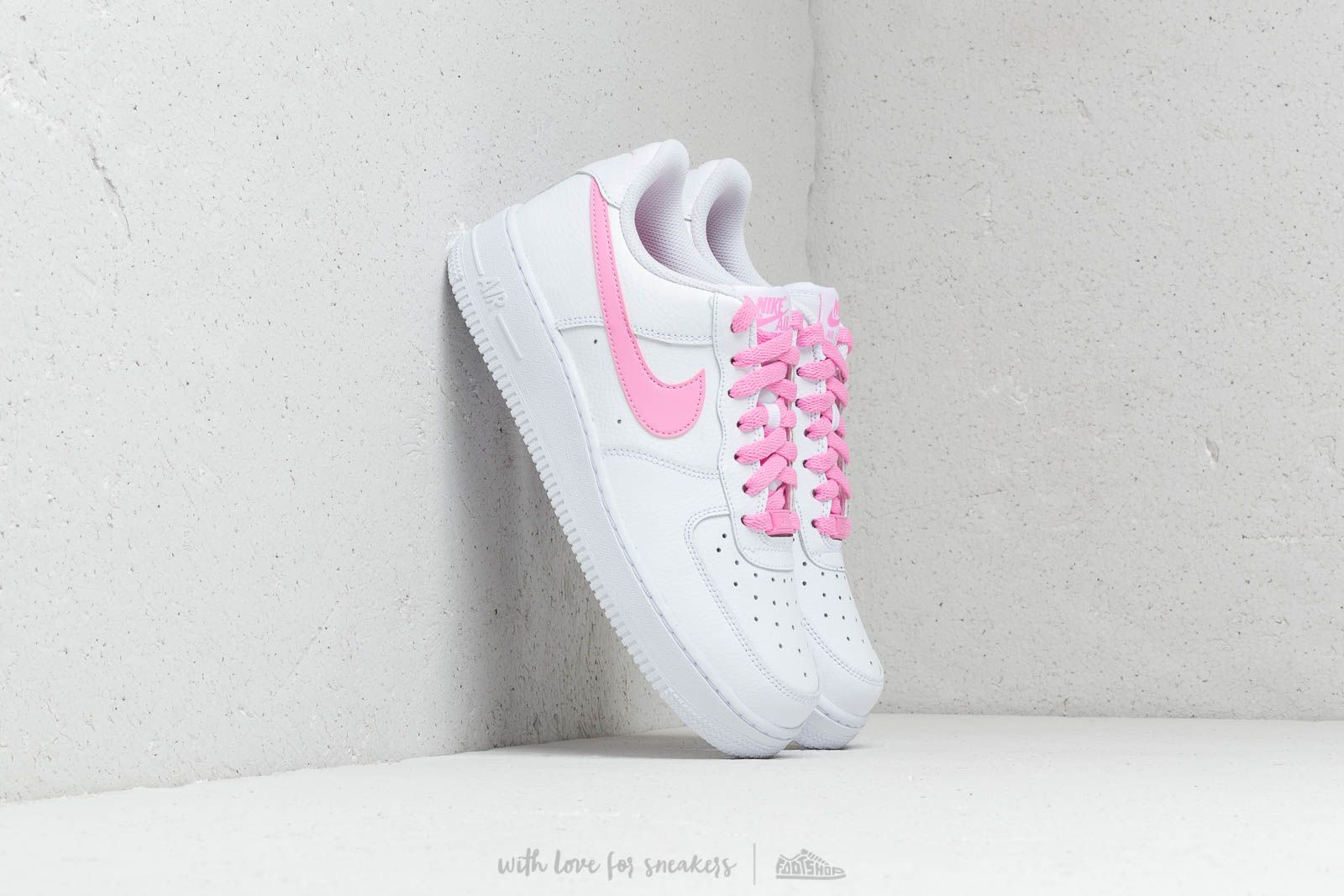 9a60b57db Nike Wmns Air Force 1 '07 Ess White/ Psychic Pink | Footshop