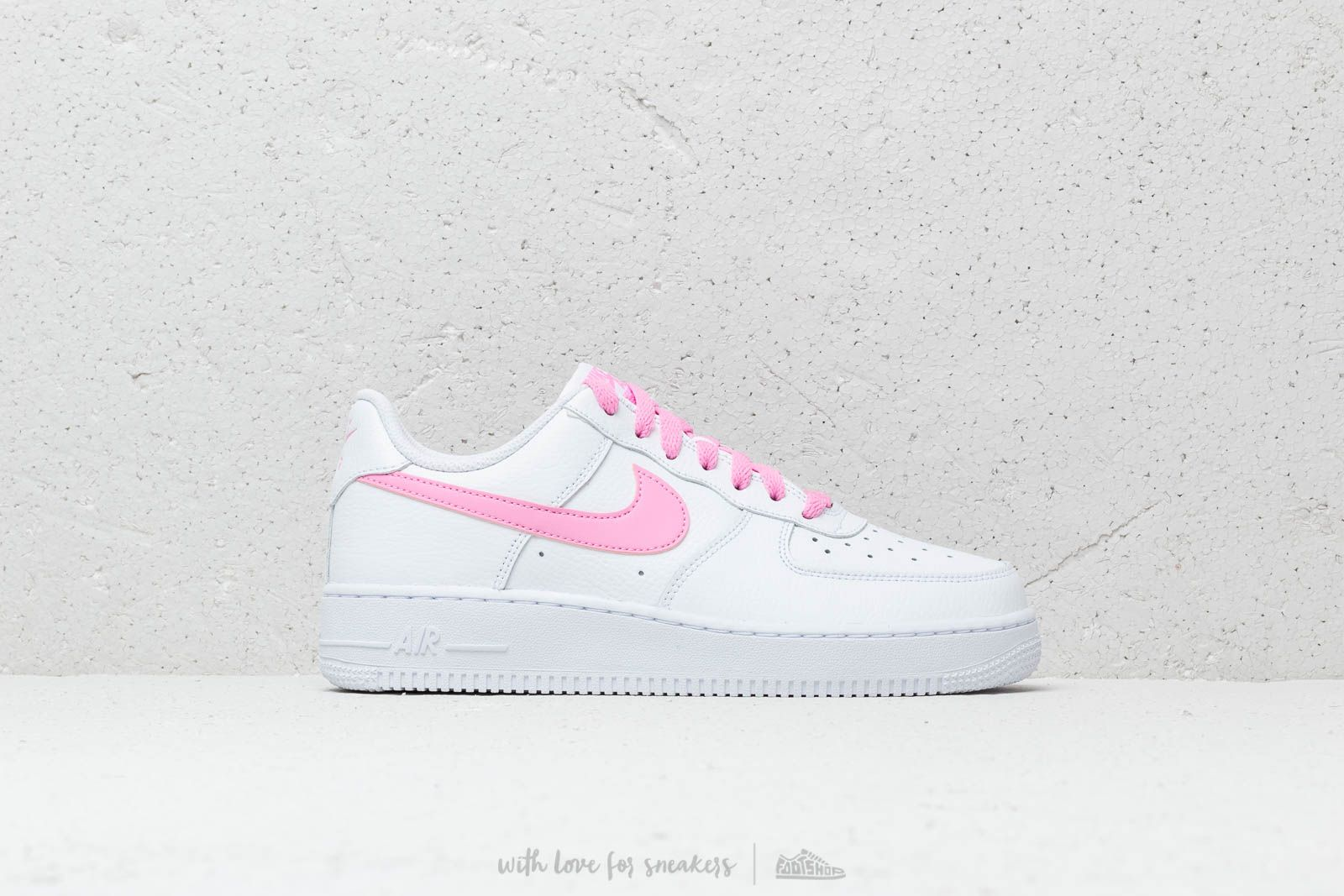 f6d03f02c1244 Nike Wmns Air Force 1  07 Ess White  Psychic Pink at a great price