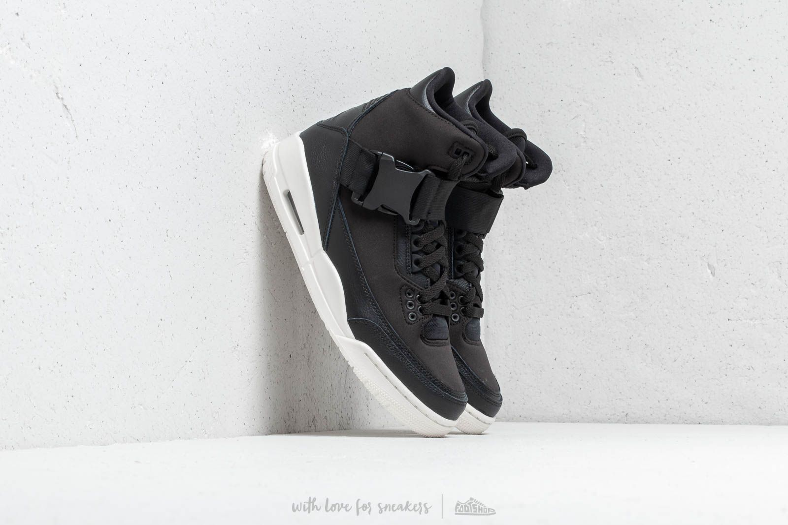 Air Jordan Wmns 3 Retro Exp Xx Black/ Black-Sail