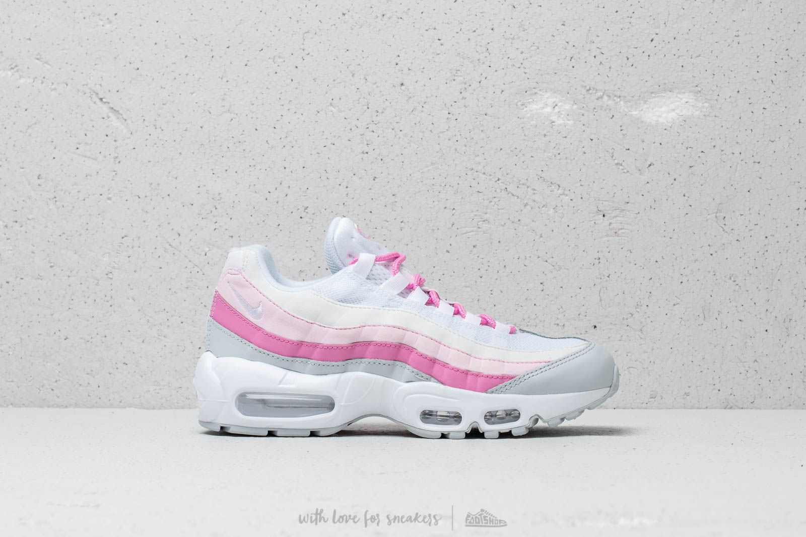 nike air max 95 white and pink
