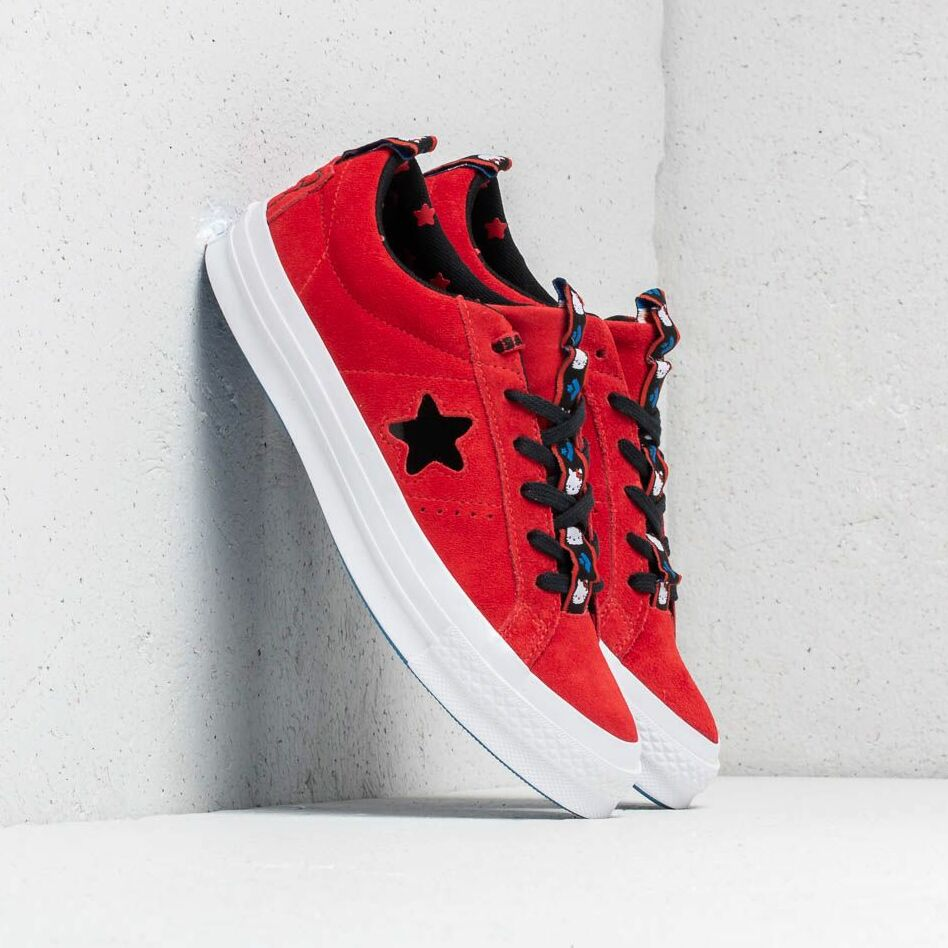 Converse x Hello Kitty One Star OX Fiery Red/ Black/ White EUR 38