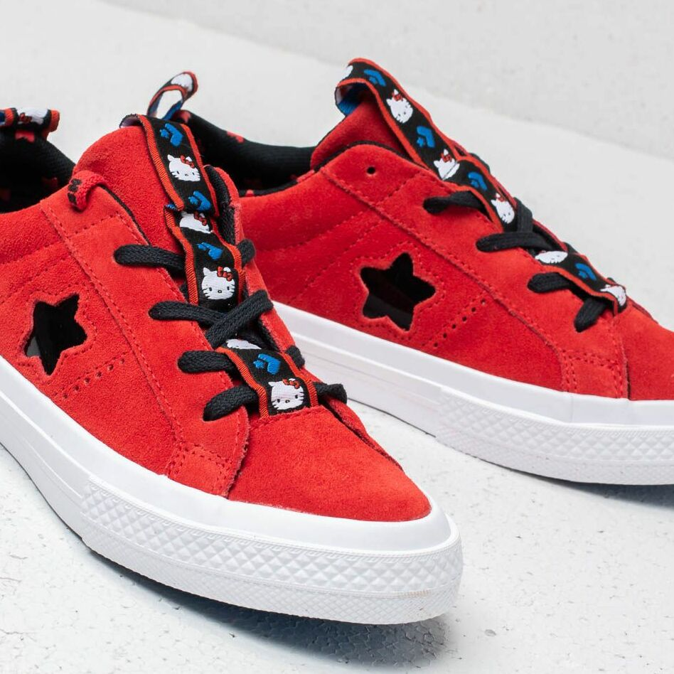 Converse x Hello Kitty One Star X Fire Red/ Black White