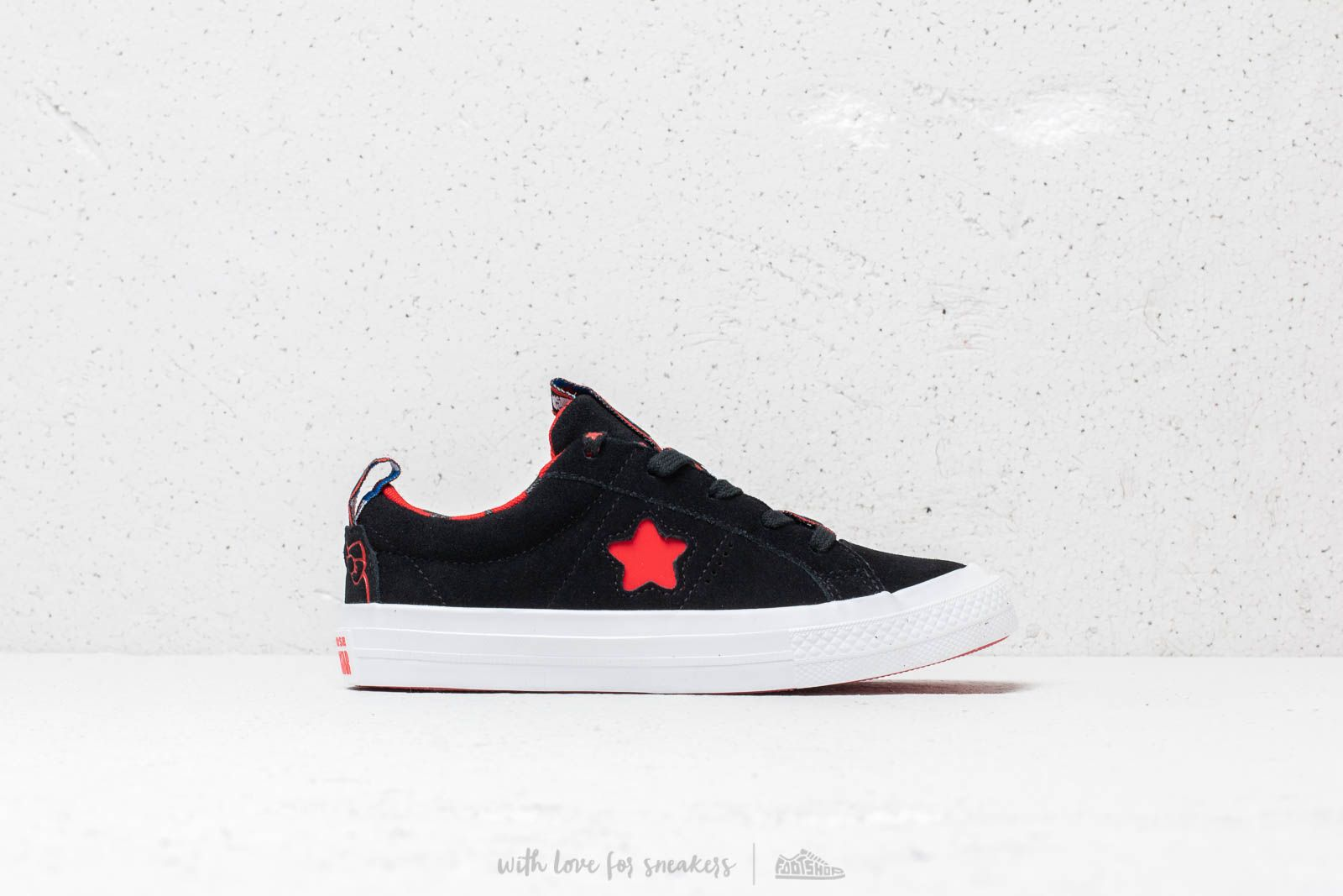 Converse x hello kitty one star ox fiery red black white eur