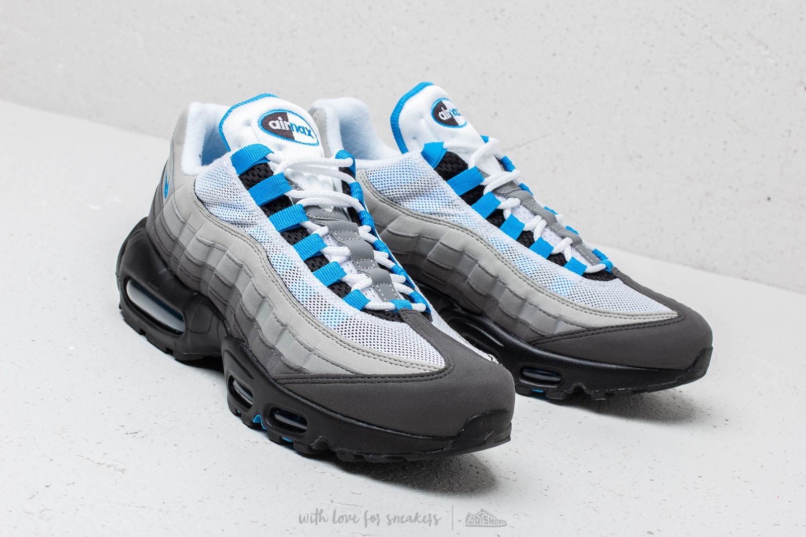 Nike Air Max 95  99 White  Crystal Blue at a great price 169 € e3c5bfa62542