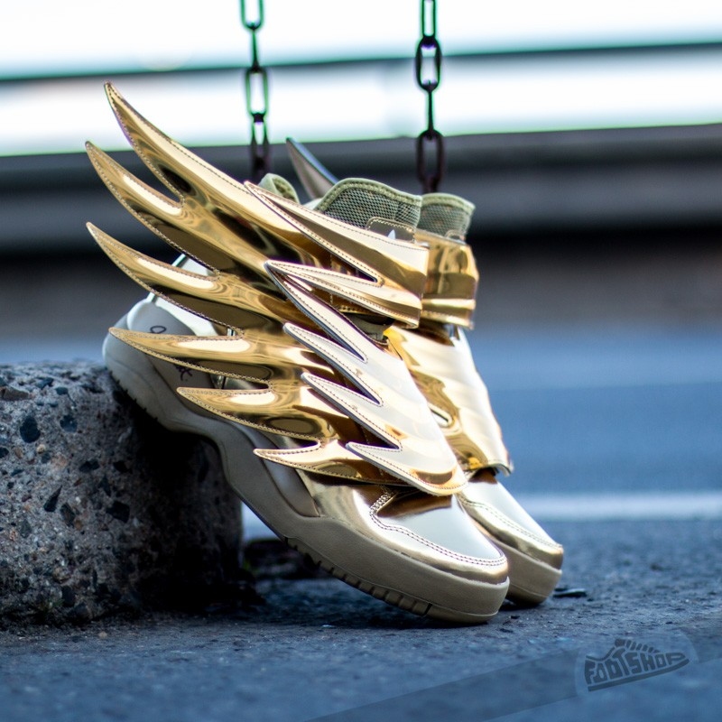 the latest da91d 3f653 adidas Jeremy Scott JS Wings 3.0 Gold