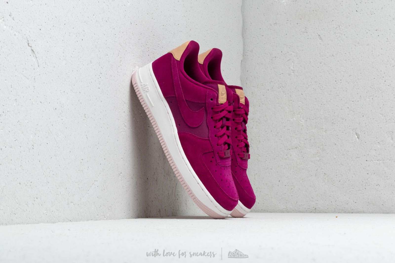 buy popular 54b32 02a5a Nike Wmns Air Force 1 '07 Premium True Berry/ True Berry-Summit White