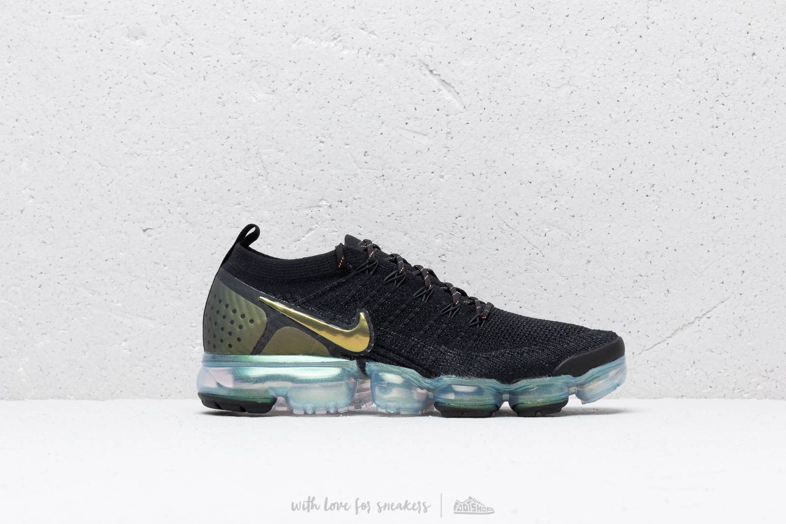 san francisco 7805a b60af Nike Air Vapormax Flyknit 2 Black/ Multi-Color-Metallic ...