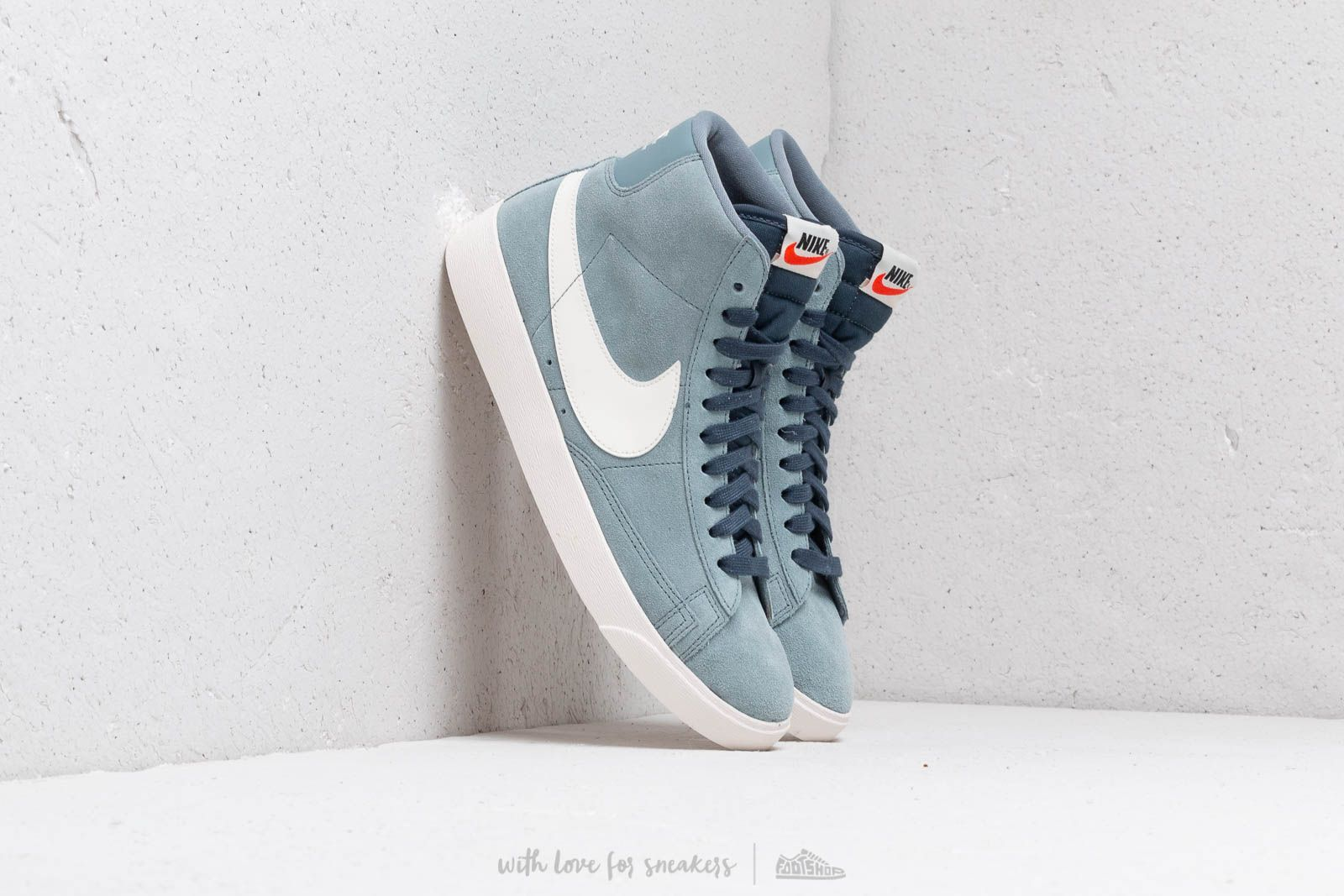 official photos 67a40 a6a76 Nike W Blazer Mid Vintage Suede Aviator Grey  Sail-Monsoon Blue at a great