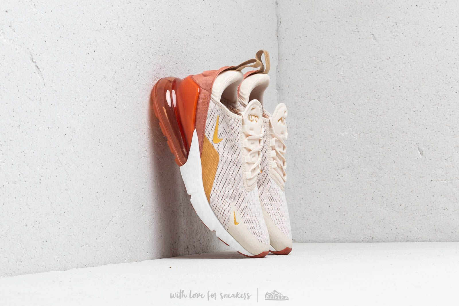 sports shoes 5d3c2 ca879 Nike W Air Max 270 Light Cream/ Metallic Gold-Terra Blush ...