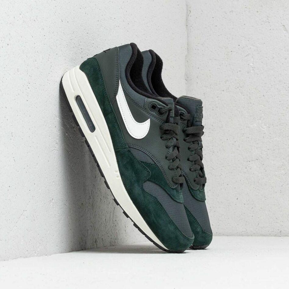 Nike Air Max 1 Outdoor Green SailBlack