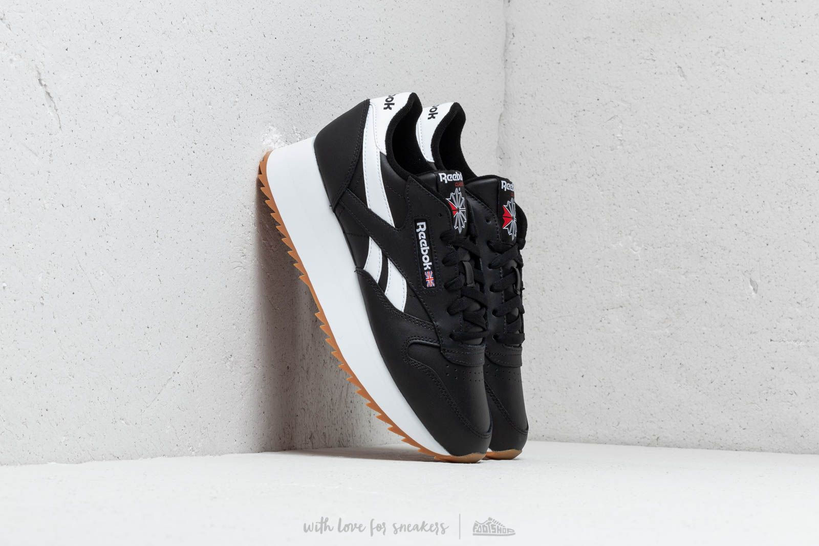 d3b30831d9bc8b Reebok Classic Leather Double Black  White  Primal Red at a great price 106  €