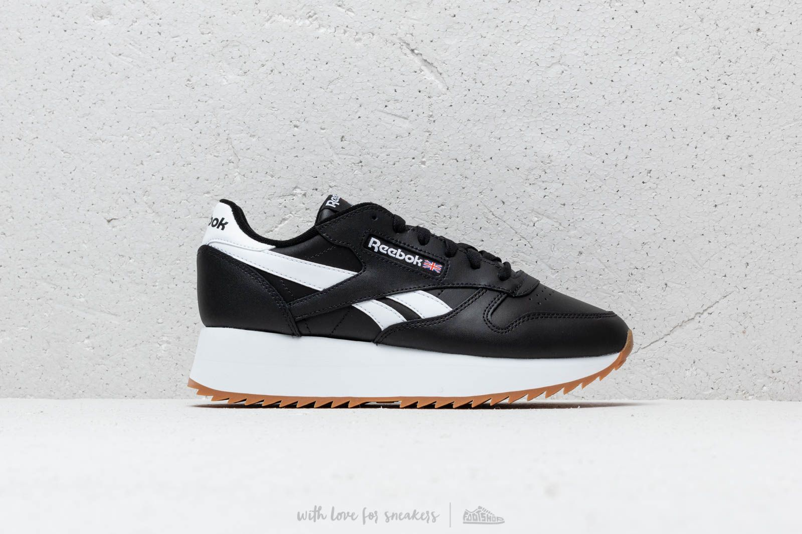 94d1e1492dc17d Reebok Classic Leather Double Black  White  Primal Red at a great price 106  €