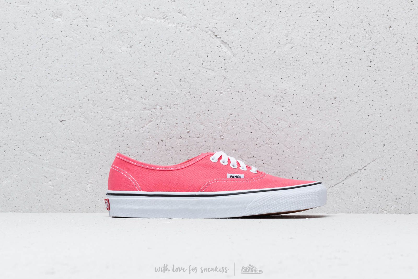 e634544c5f Vans Authentic Strawberry Pink  Truewhite at a great price 70 € buy at  Footshop