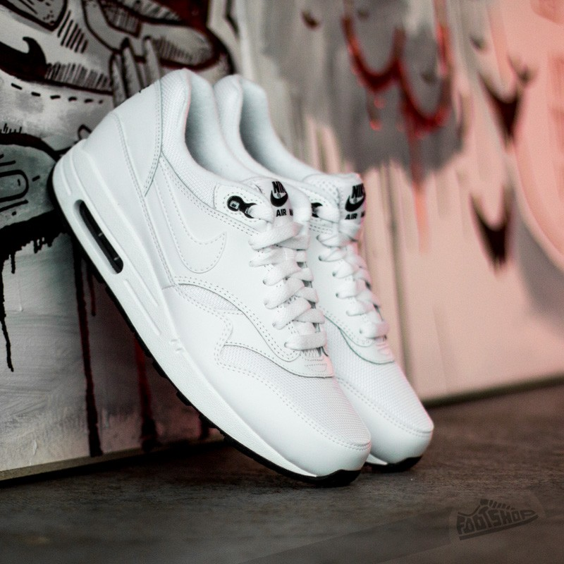 wholesale dealer 214f5 53a6d Nike Air Max 1 Essential WhiteWhite-Black