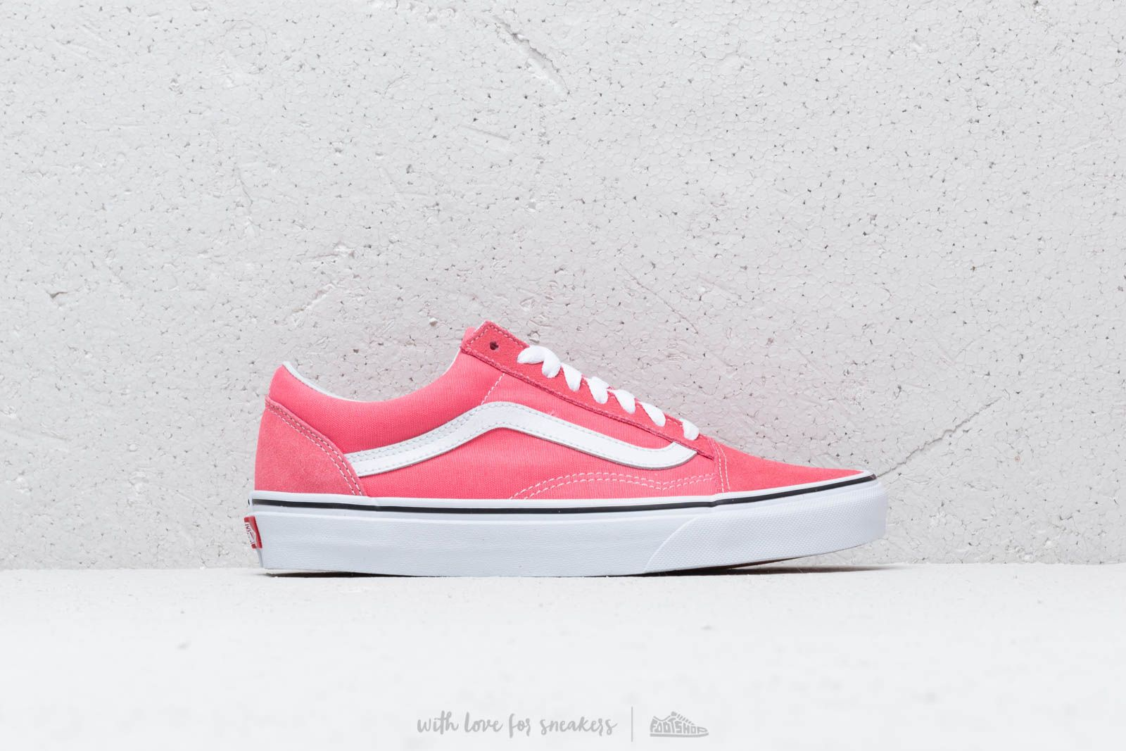 32cb6f95fe Vans Old Skool Strawberry Pink  True White at a great price 80 € buy at