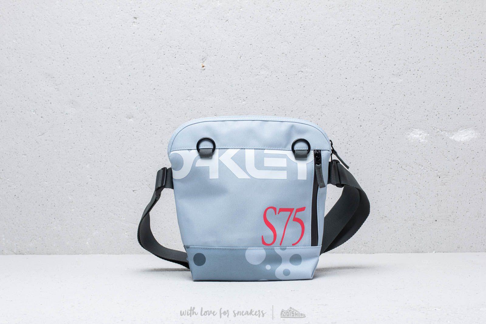 Oakley Sling Bag Staple Bubble au meilleur prix 47 € Achetez sur Footshop