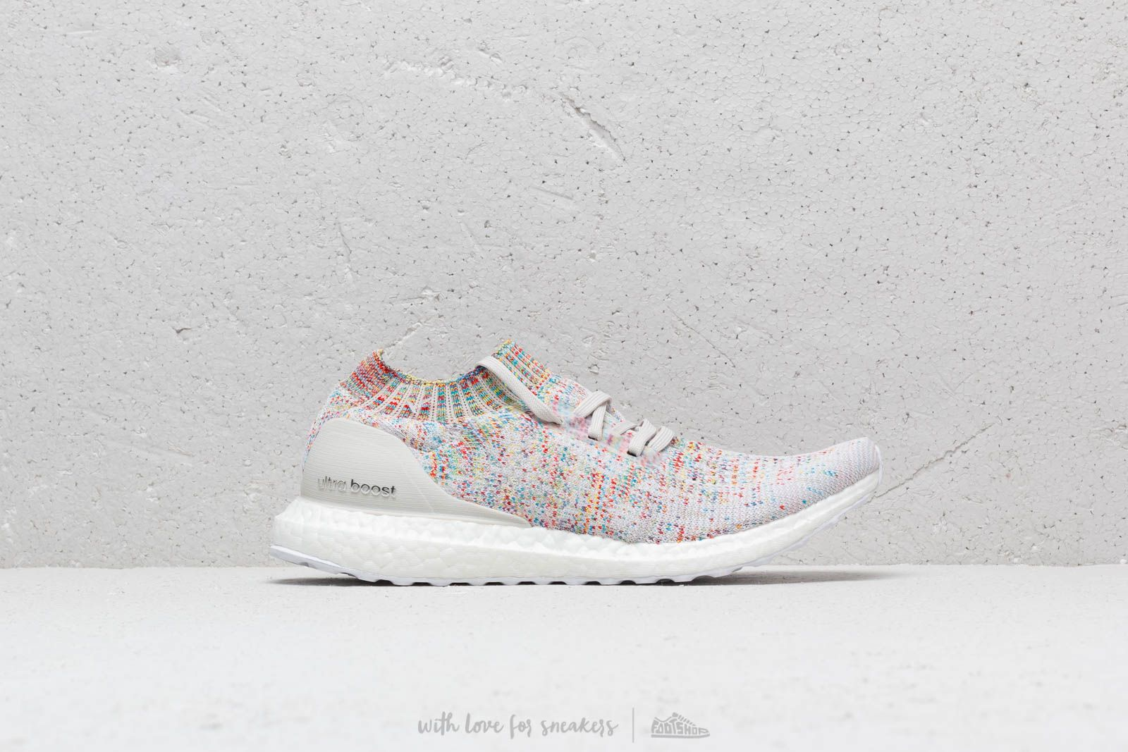 big sale 54aa0 f245a adidas Ultraboost Uncaged Raw White  Ftw White  Shocya at a great price 176  €
