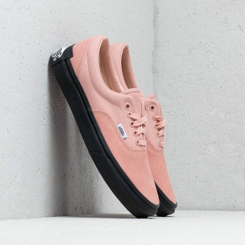 "Vans x Purlicue Era ""Year Of The Pig"" Rose Cloud/ Black EUR 42.5"