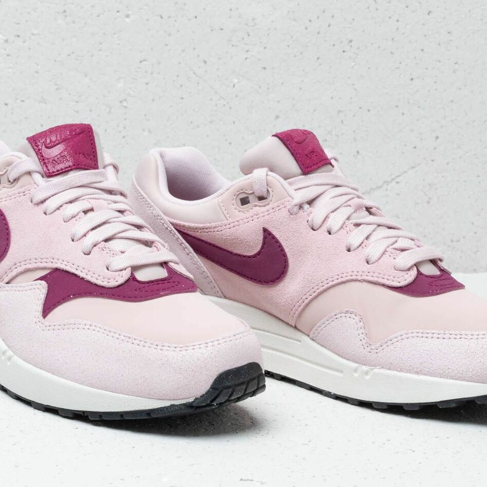Nike Air Max 1 454746 604 Barely RoseTrue Berry Summit