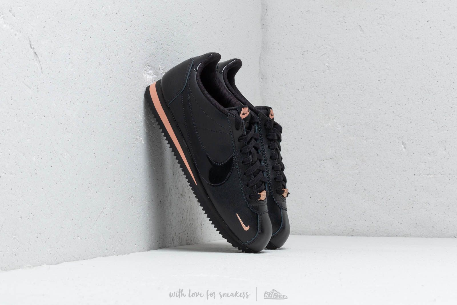the best attitude e36a1 4c9b4 Nike Wmns Classic Cortez Prem Black/ Black-Rose Gold | Footshop
